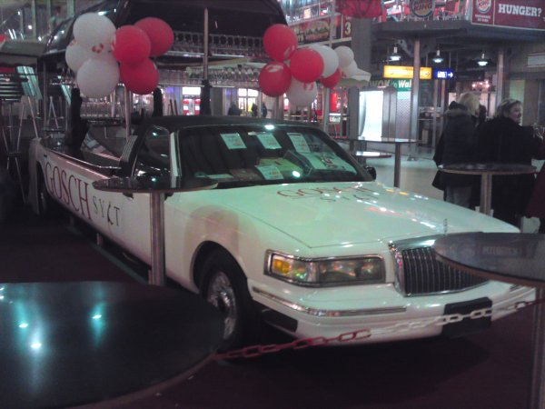 ventes de crustacés dans le gosch sylt une limousine decoupée dans la gare de munich !