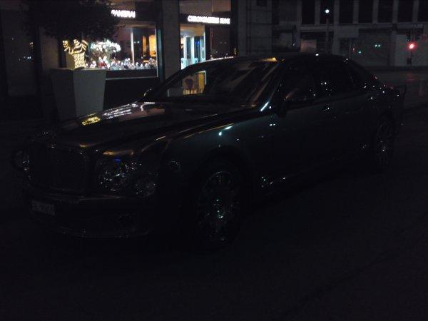 voici la nouvelle bentley continental pris dans les rues de geneve