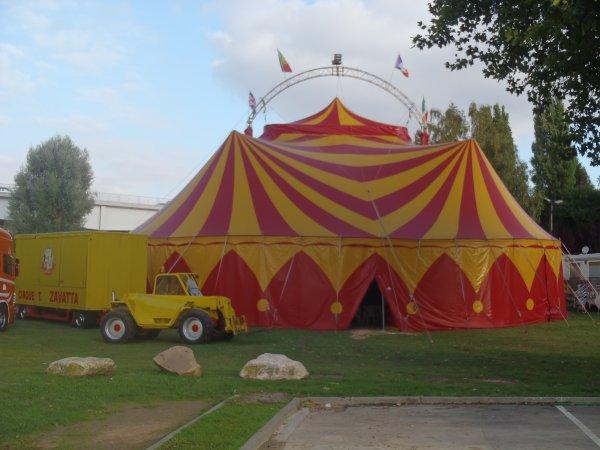Cirque Thierry Zavatta à Pont de l'Arche du 18 au 21 septembre 2013