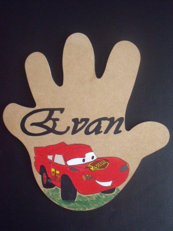 EVAN :)