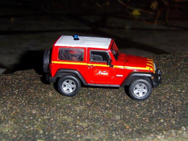 VLHR (vehicule de liason hors route)