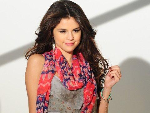 Selena Gomez ... je L'adOore ! elle est superbe ♥