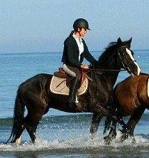 Plage avec mon amour de poney, que du bonheur, je t'aime comme une folle.♥