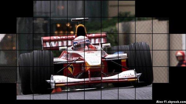 Comme vous le savez j'aime bien parler d'ancien pilote de f1, de l'histoire de ce sport automobile. Cette fois si je vais parler de Alexandro Zanardi qui a été 2 fois champion du monde de Cart 1997-1998 qui était l'origine du ChampCar et m'intennant de l'IndyCar. Il n'a gagné que 1 point en 1993 et plus rien. En 1999 il fera quelques belles courses à Imola et à Spa. Alexandro reste un excellent pilote, il me fait penser à Bourdais. Sauf que Alex a eu un grave accident l'amputent de ses deux jambes. Voici un petit hommage à ce grand pilote.