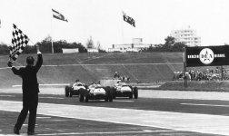 1959 - Un Grand Prix à Berlin Ouest Venez aussi réagir sur Facebook
