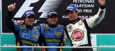 Renault double la mise à Sepang