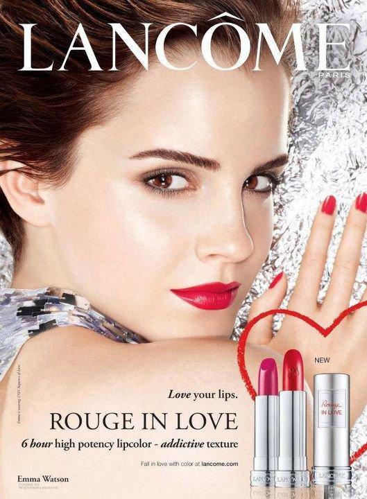 """Emma en couverture du """"Elle""""France,Affiche publicitaire Lancôme et Emma dans un Pub."""