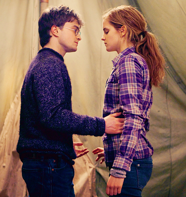 New photo Harry Potter 7 Partie 1 + New question à Emma Watson