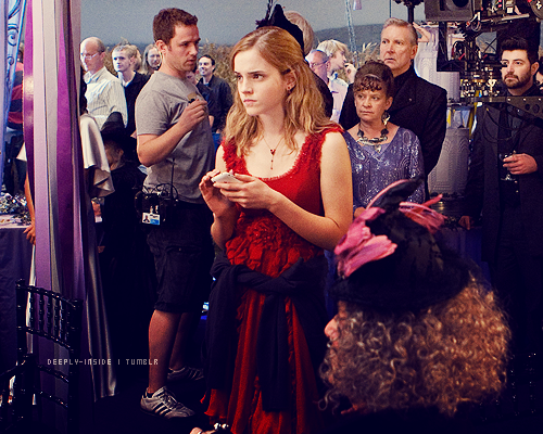 Nouvelle photo d'Hermione Granger sur le tournage d'Harry Potter7 Partie 1