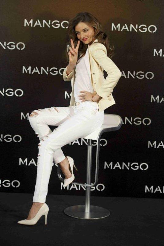"""Vidéo Shooting Alessandra Ambrosio pour """"Nomad Two World""""+ Vidéo shooting Miranda Kerr pour """"Mango"""" et évènement pour la marque"""