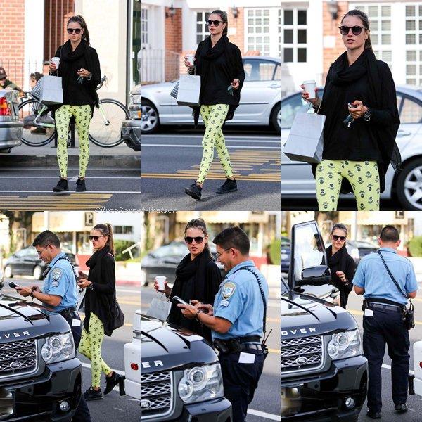 Le 09.01.13 : Alessandra Ambrosio était à Los Angeles en Californie pour s'acheter un cafe + 2 nouvelles photos d'Alessandra pour Victoria Secret + Une photo Twitter d'Alessandra