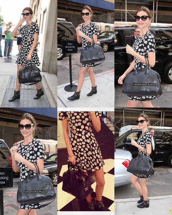 Miranda Kerr classée 100 ème(sur 100) du magasine Forbes des célébrités les plus influentes...