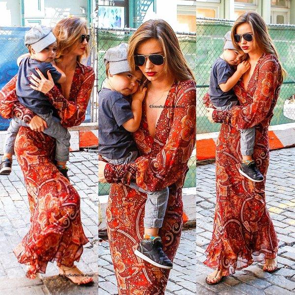 Le 25.08.13 : Miranda et son fils Flynn sont allés rendre visite à des amis dans New-York...