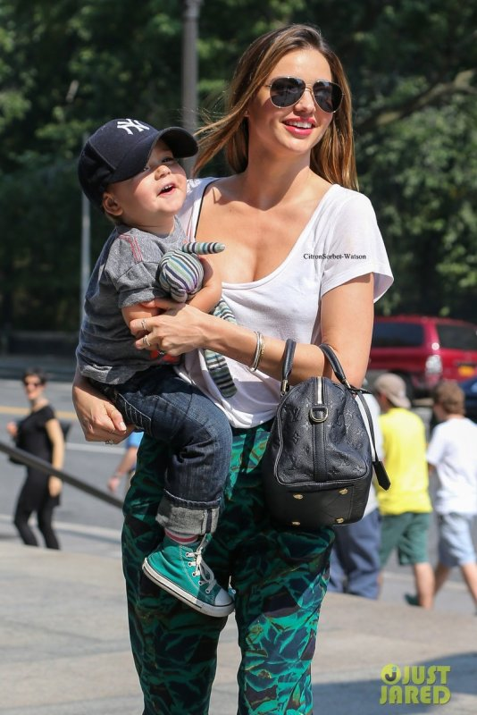 Le 11.09.13 : Miranda est allée au Museum d'Histoire Naturelle avec son fils Flynn...