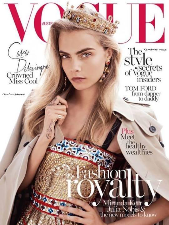 Cara en couverture du Vogue Australie d'Octobre 2013...