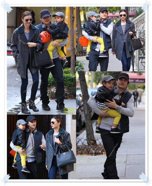 Le 28.10.13 : Miranda,Orlando et leur fils Flynn ont été vus dans les rues de New-York...