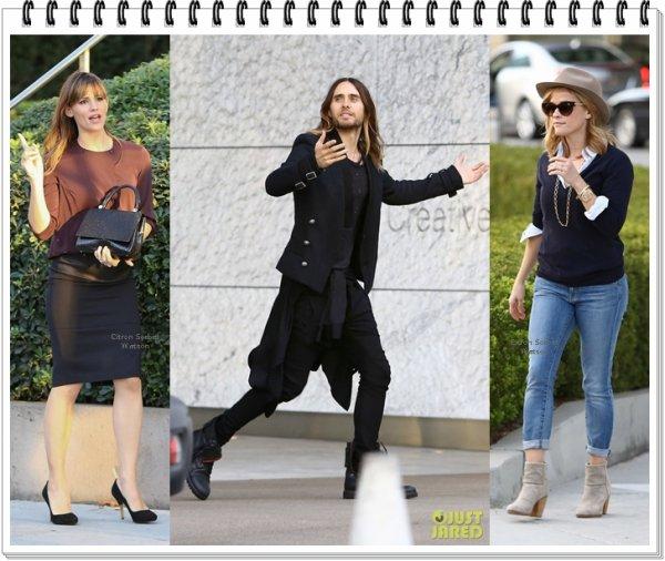 """Le 17.11.13 : Jennifer,Reese et Jared sont allés manger ensemble au restaurant Craft dans Los Angeles pour célébrer leur film """"Dallas Buyers Club""""..."""