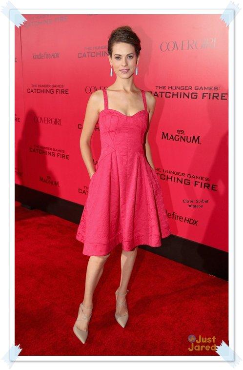 Le 20.11.13 : Lyndsy Fonseca s'est rendue à la premiere de Hunger Games : Catching Fire à Los Angeles...