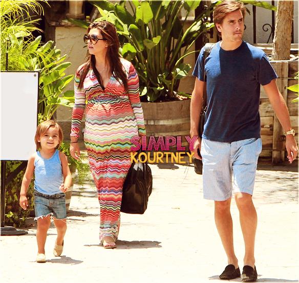 Le 06 juillet 2012: Kourtney, Mason et Scott déjeunent ensemble à Malibu!