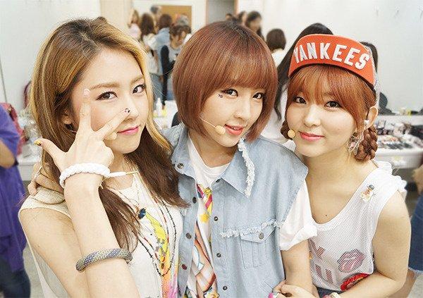 4MINUTE Goodbye stage au Music Core du 20 Juillet