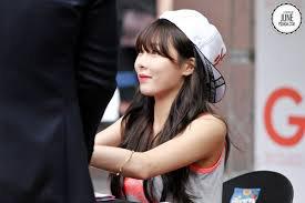 """Hyun A : Séance de dédicace à Busan pour """"G by GUESS"""""""