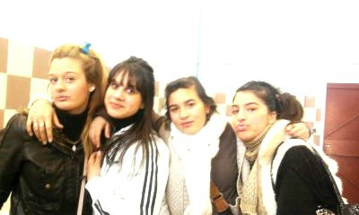 Élisa , Mathilde , Dounia , Carmen ♥