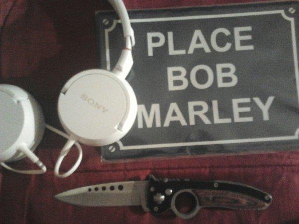 Place a boBy  et au Couteaux