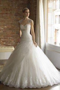 korta bröllopsklänningar