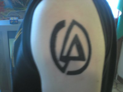 tattoo de fred cousin