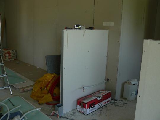 Pose de petit muret en placo pour separation cuisine for Separation salon en platre