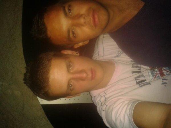 Le frere et moi