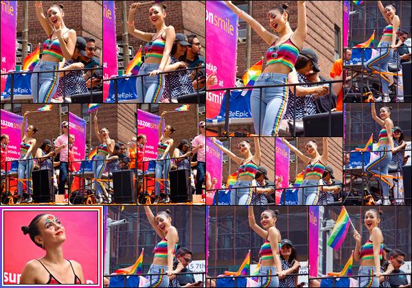 - -• 24/06/18-': Victoria Justice était présente à la marche :« NYC Pride »,qui se déroulait dans New-York City. C'est avec un large sourire sur les lèvres que nous retrouvons notre brune favorite lors de cette marche. A fond dans le cause, un bon top. -