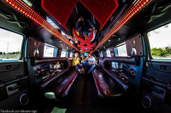 interieur hummer h2 limousine pour location mariage a la reunion 0692 54 93 58