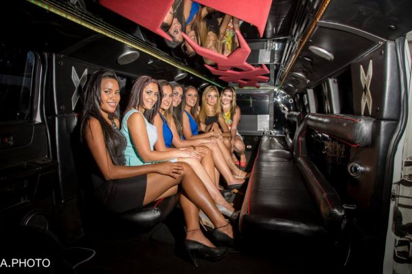 Les filles les plus sexy de la Réunion 974 avec FREDERIQUE LOCATION 0692 54 93 58