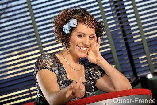 [02/04/09] Leïla est devenue la Nouvelle Star de Bourgbarré  < Facebook | Youtube | Myspace | Twitter Fans | Noomiz | Forum >