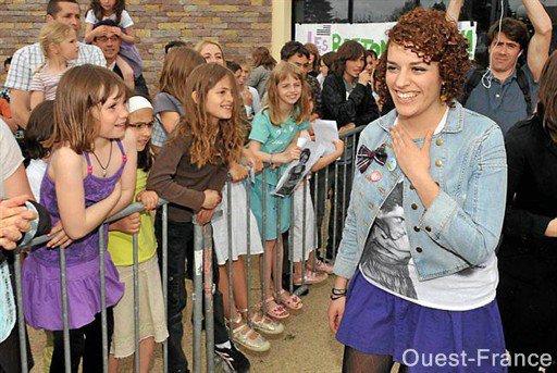 [18/07/09] Leïla interviewée par OuestFrance : « Aujourd'hui je veux prendre mon temps »  < Facebook | Youtube | Myspace | Twitter Fans | Noomiz | Forum >