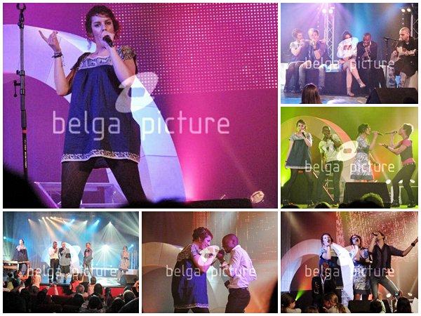 [21/06/09] Concert à Dieppe lors de la tournée Nouvelle Star < Facebook | Youtube | Myspace | Twitter Fans | Noomiz | Forum >