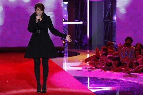 [19/05/09] Leïla : « Il est temps que ça s'arrête » Maville.com  & « Le texte, c'est le plus important dans une chanson » Musique.ados.fr < Facebook | Youtube | Myspace | Twitter Fans | Noomiz | Forum >