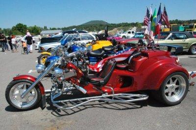 des camions des moto des voitures americaine des voiture de tuning nous etions tous la pour. Black Bedroom Furniture Sets. Home Design Ideas
