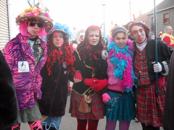 moi ,clara ,mélanie , flavie et seb  au carnaval de guilevde