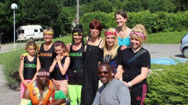 L'équipe des Too Cooleur avec nos amies Fred & Rose de la Zumba (les diablotines de St Pierre d'allevard)