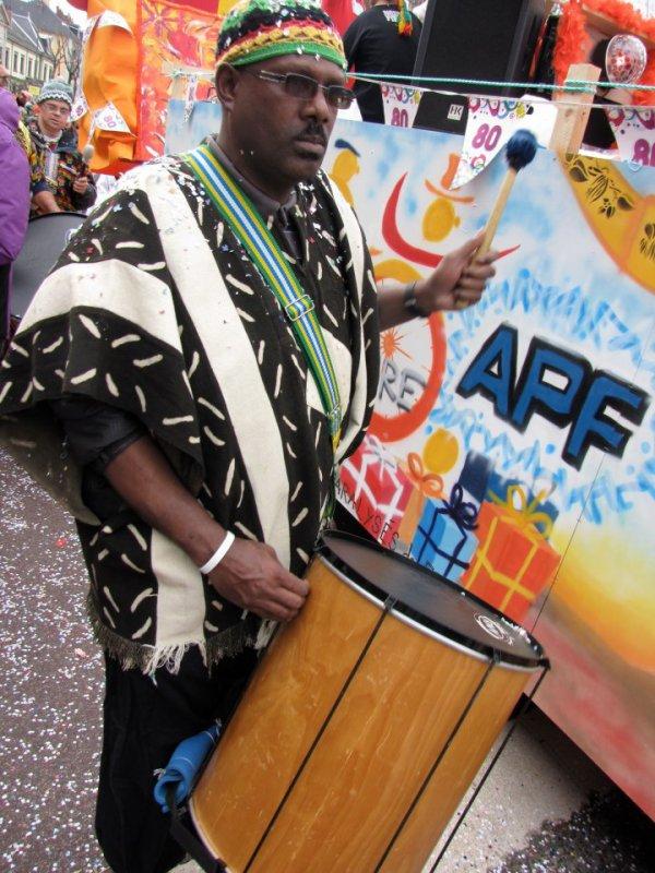 Jean marie dirige le carnaval !!! a chambéry avec Too cooleur