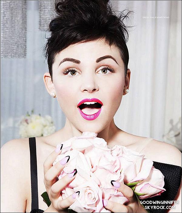 .SHOOT|  Ginnifer.G pose pour le magasine Prestige, dont elle fait la première page de couverture.Je trouve les photos vraiment belle (malgrés les photos MQ), avec beaucoup de couleurs et de sérieux. Ginny était au top non ?.