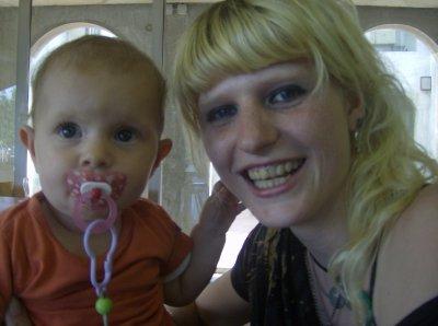 ma meilheure amie et sa petit fille