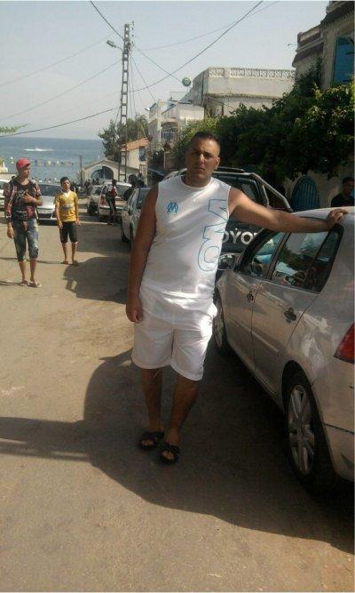 moi et mon amie lamine des jours inoubliable vacanses juillet 2011..........................