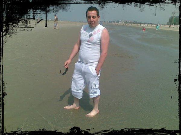 moi a la plage !