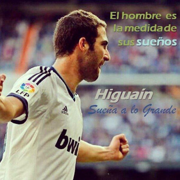 #******(¯`·._.·♥ ♥·._.·`¯)Gonzalo Higuain (¯`·._.·♥ ♥·._.·`¯)******#