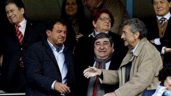 O Celta, superior ao Deportivo, remonta e perde o derby galego no desconto