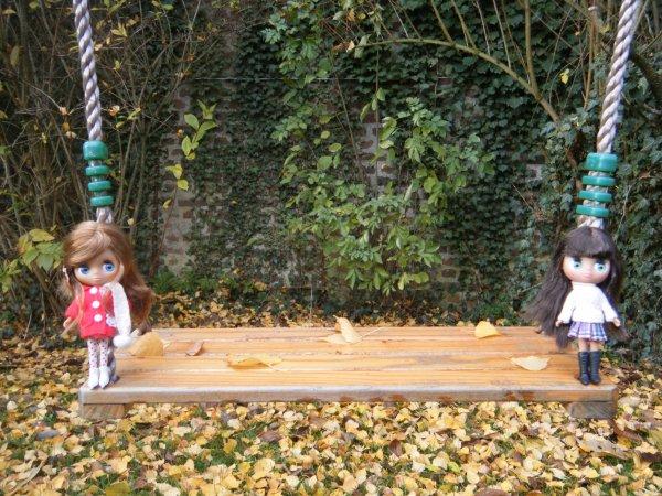 ~Andréa et Kimberley dans le jardin~