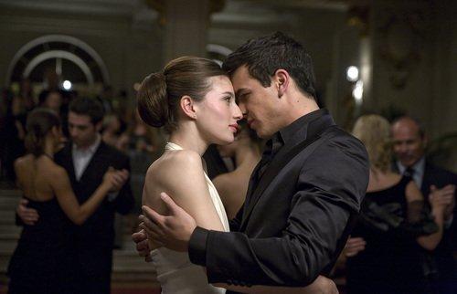 Un couple peut faire passer tellement d'émotions dans un seul regard.